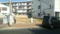 駅まで平坦で、周辺施設充実。建築条件なし。根岸町3丁目売地。